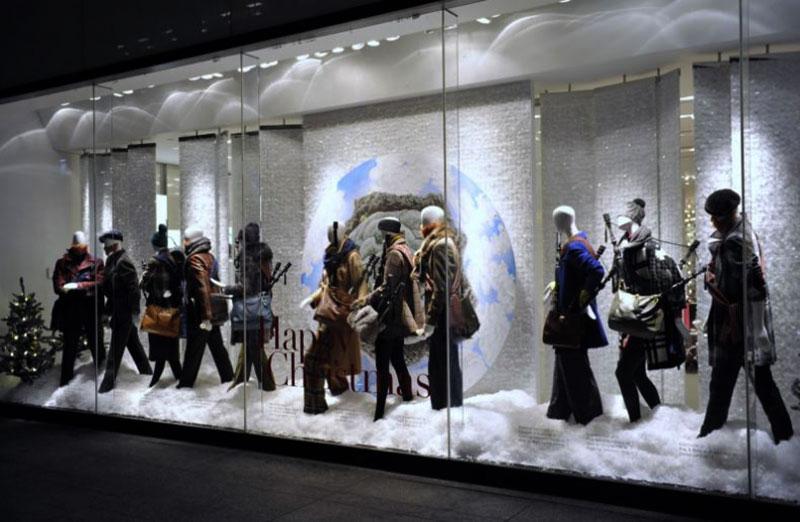 trang trí giáng sinh cho shop thời trang
